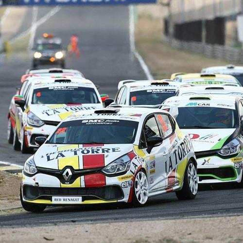 Éxito de la Clio Cup en el circuito del Jarama