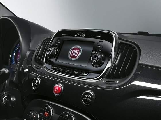 Fiat 500 2015-Pantalla