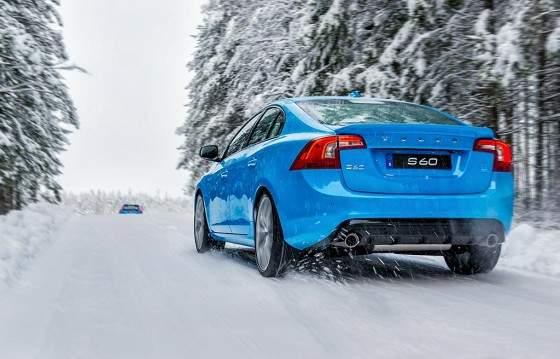 Volvo_S60_Polestar_trasera