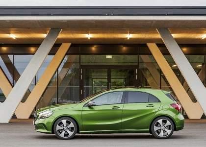 Mercedes-Benz Clase A 2015-02