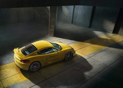 Porsche Cayman GT4-10