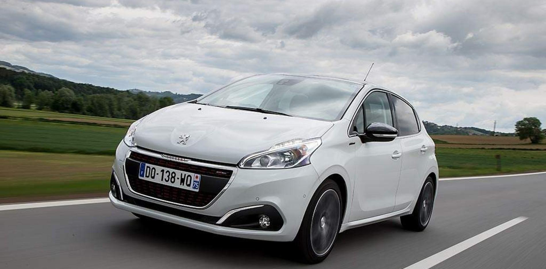 Rugido renovado para el Peugeot 208 2015