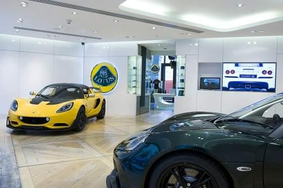 Lotus abre un concesionario en Picadilly-01
