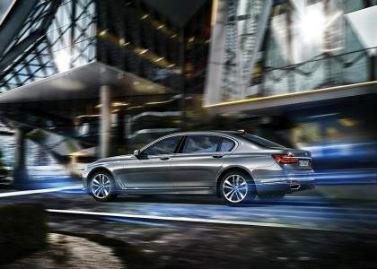 BMW Serie 7 PHEV-01