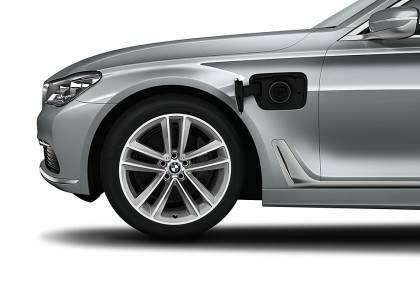 BMW Serie 7 PHEV-04