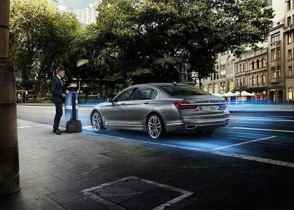 BMW Serie 7 PHEV-03