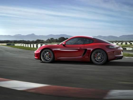 Gama-Porsche-GTS-4