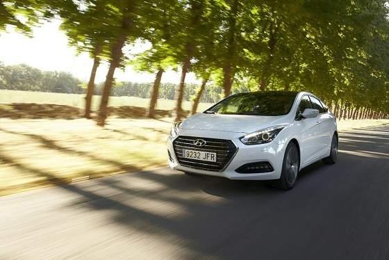 Hyundai_i40_2
