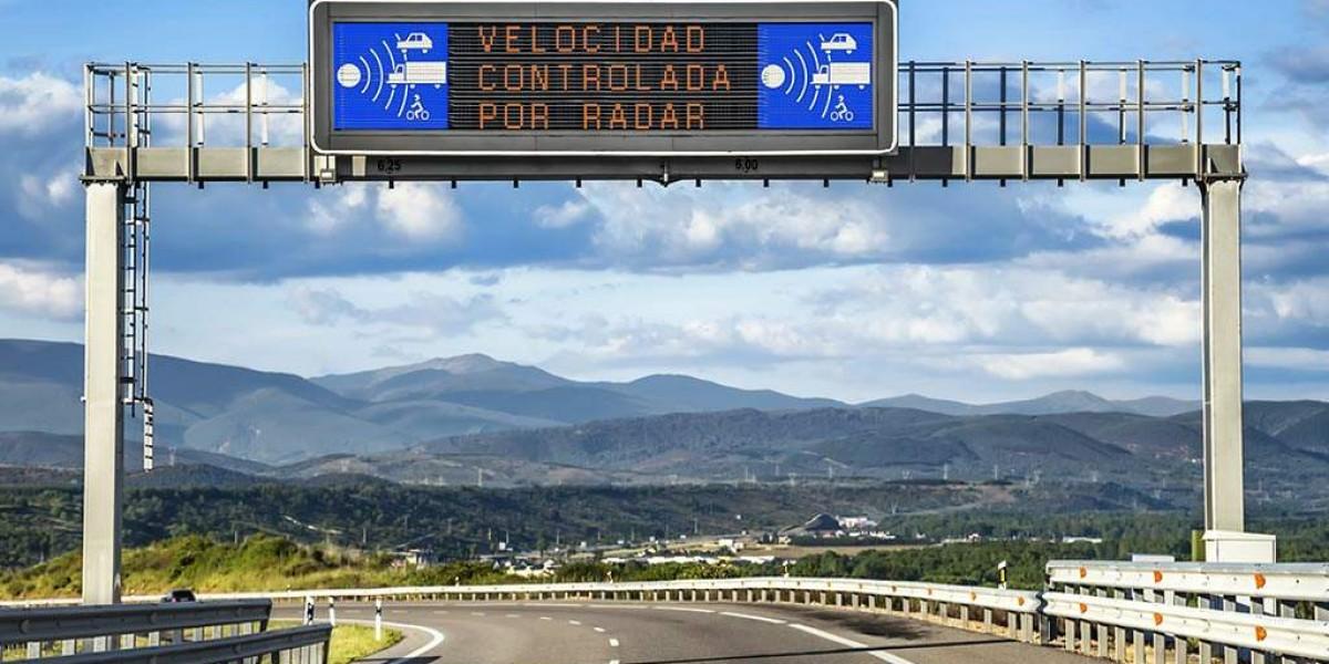 ¡Localizados! Los 25 radares que más multan… y los que más recaudan