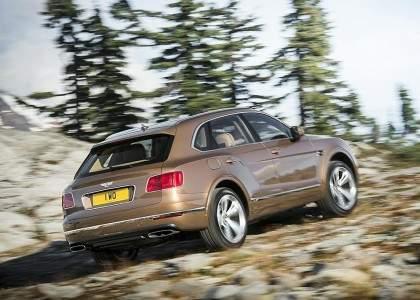 Bentley-Bentayga-09