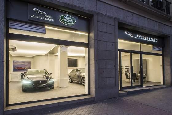 Jaguar-Store-2