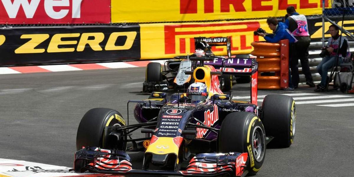Red Bull sigue sin unidad de potencia
