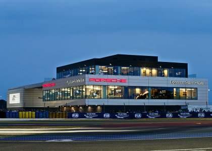 Porsche-Experience-Center-3