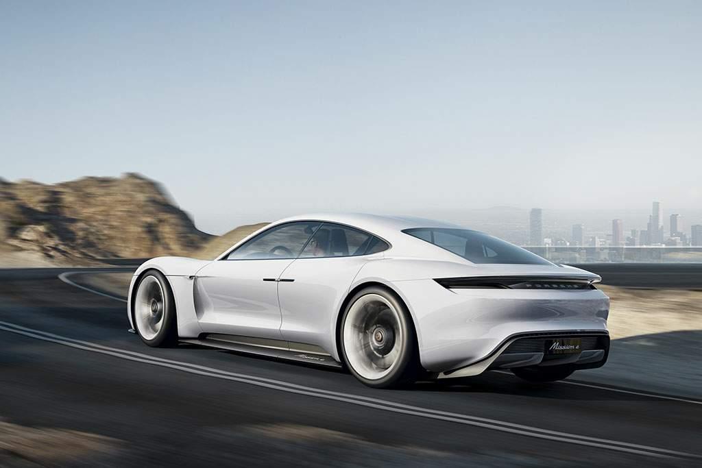 Porsche-Mission-e-1