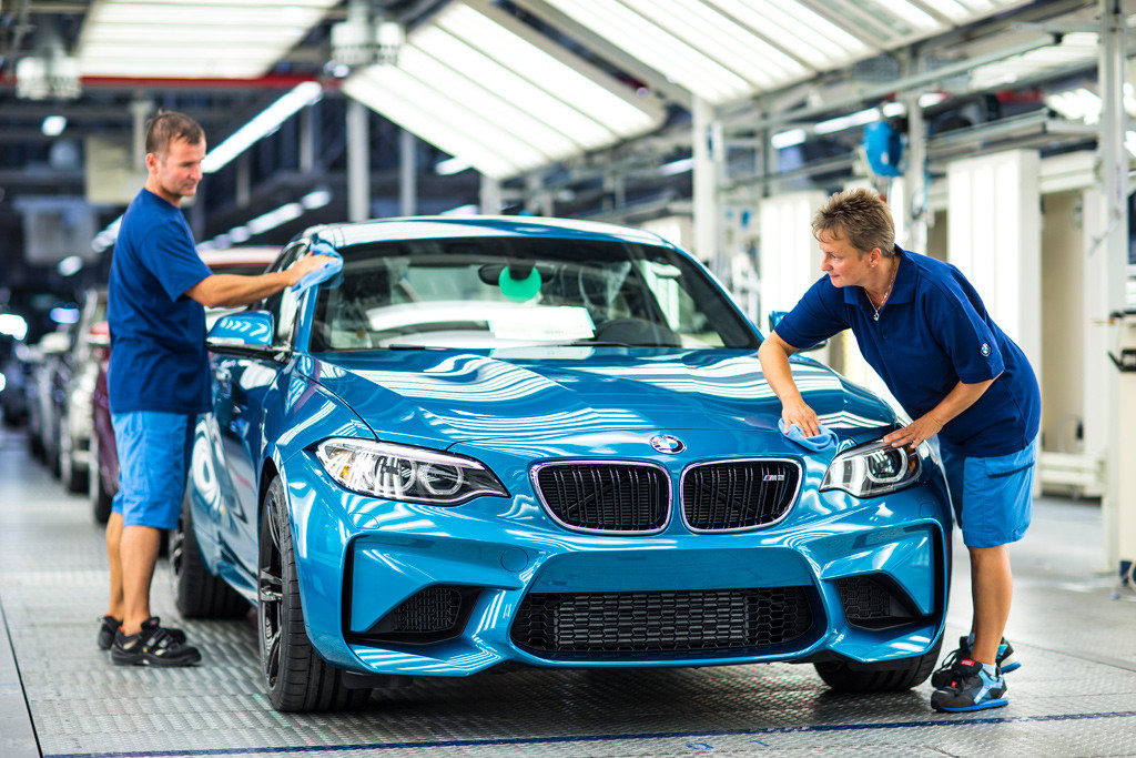 produccion-del-bmw-m2-coupe-2