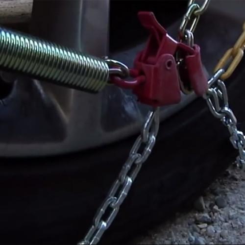 ¿Sabes poner las cadenas en tu coche? La mitad de los españoles, no