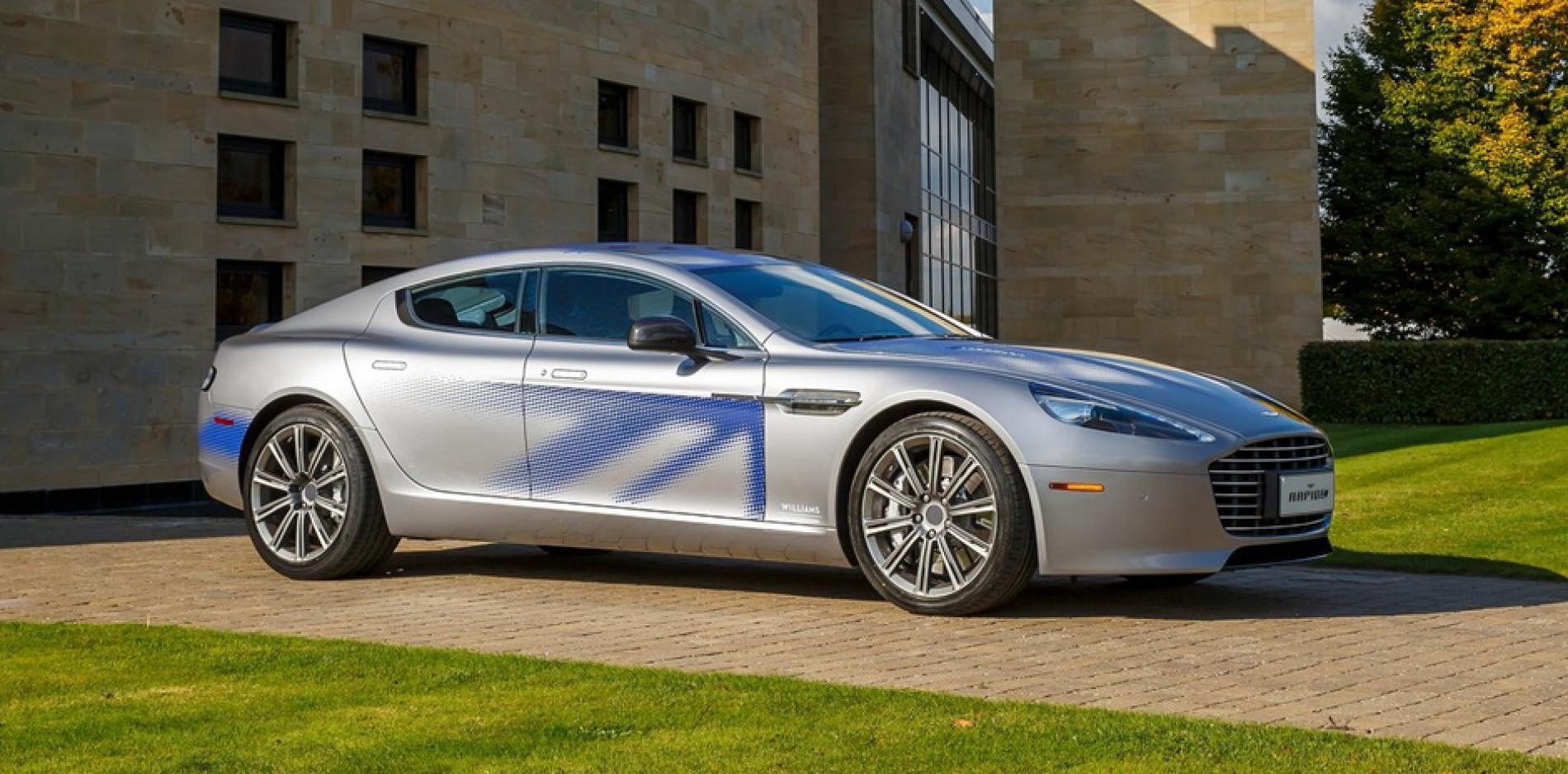 Tormenta eléctrica con el Aston Martin RapidE Concept