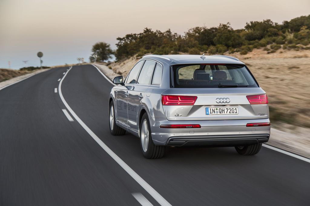 Trasera Audi Q7 e-tron quattro