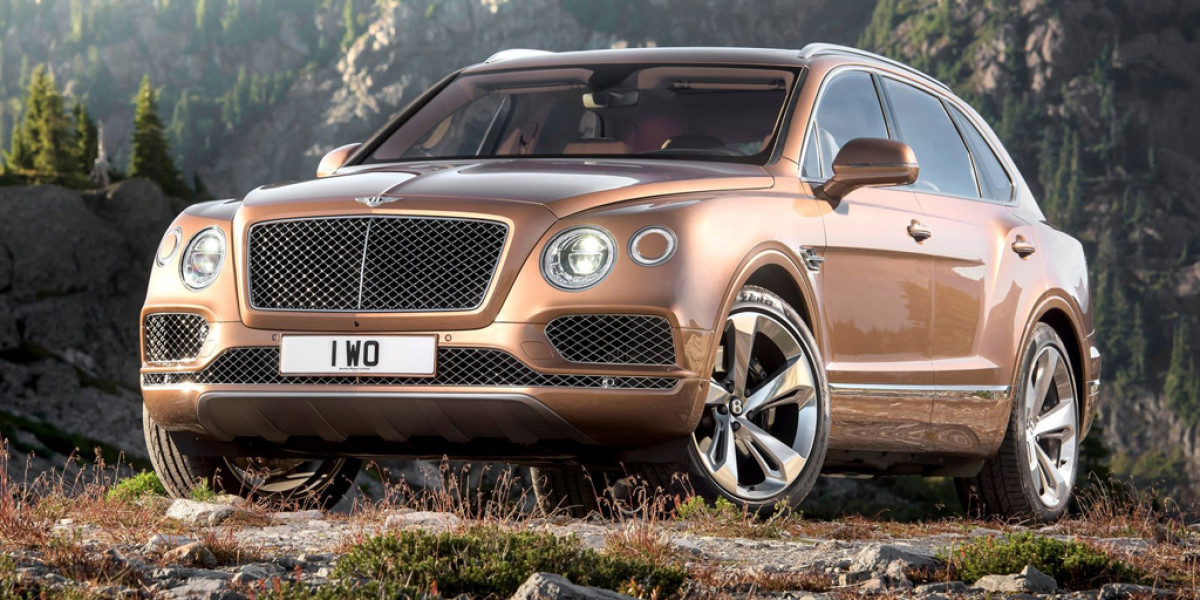 """El nuevo Bentley Bentayga, estrella del """"Power on Ice"""""""