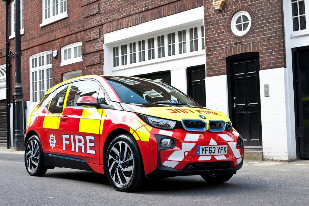 bmw-i3-se-emplea-en-servicios-de-emergencia-2