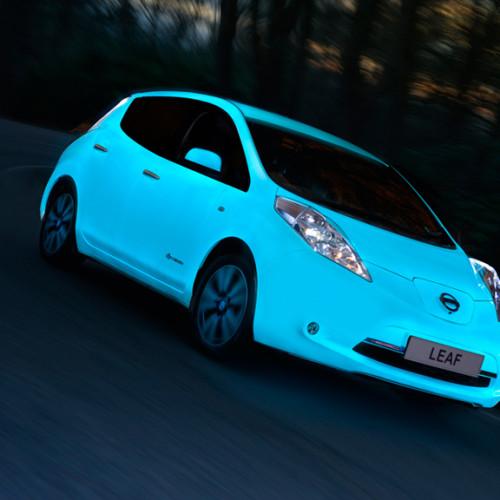 Nissan idea una pintura brillante en la oscuridad