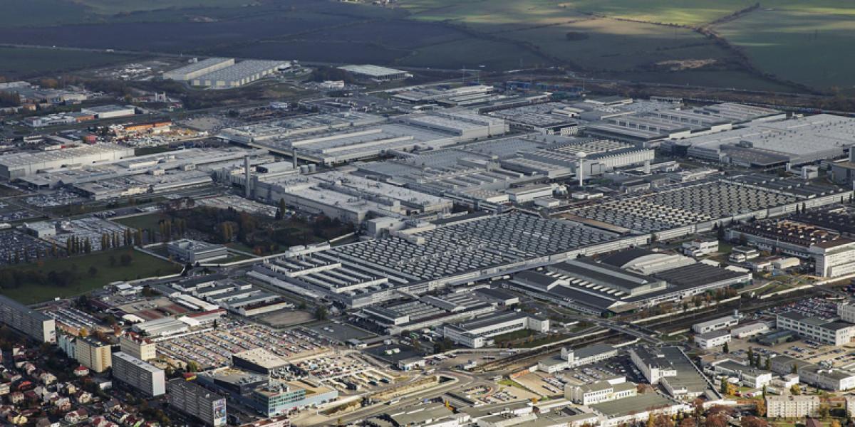 Skoda fabrica doce millones de coches en Mladá Boleslav