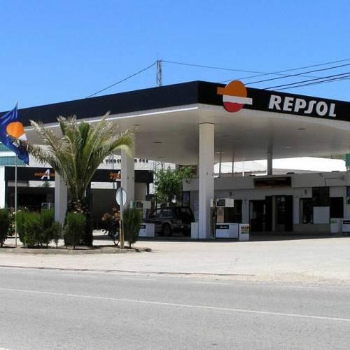 """La diferencia entre la gasolina de marca y la """"low cost""""… está en los aditivos"""