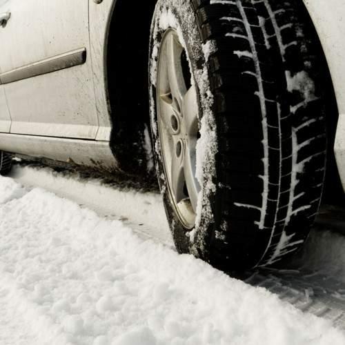 Las claves de la conducción con nieve