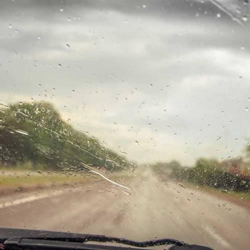 El temporal sigue en España: trucos para conducir con lluvia, viento, nieve…