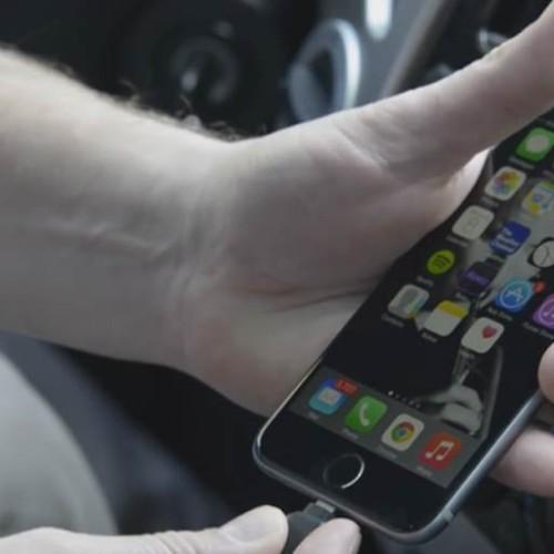 Descubre las mejores app que te echarán una mano al volante
