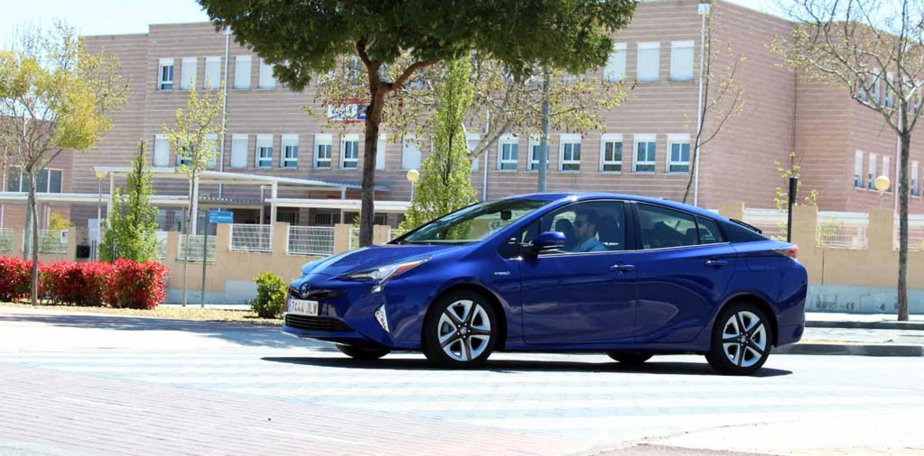 Prueba Toyota Prius 2016, un impulso certero