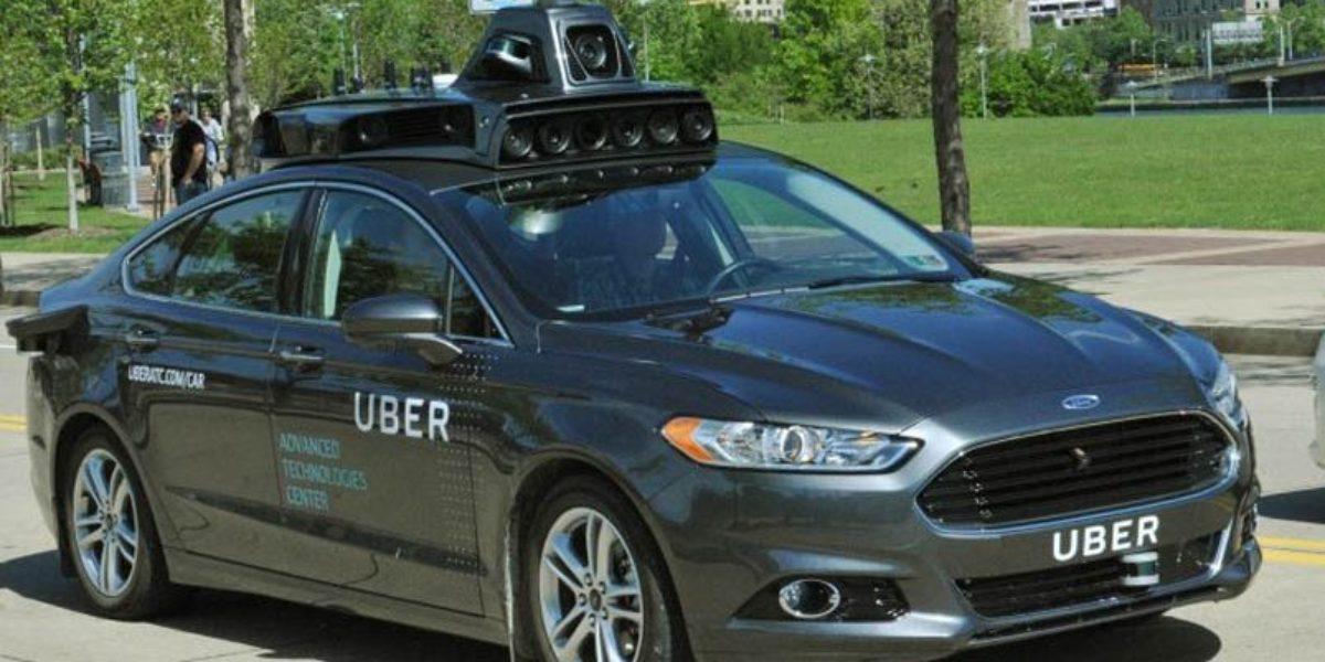 Uber muestra su primer coche autónomo