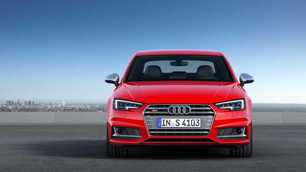 Audi S4 2016 frontal estática rojo
