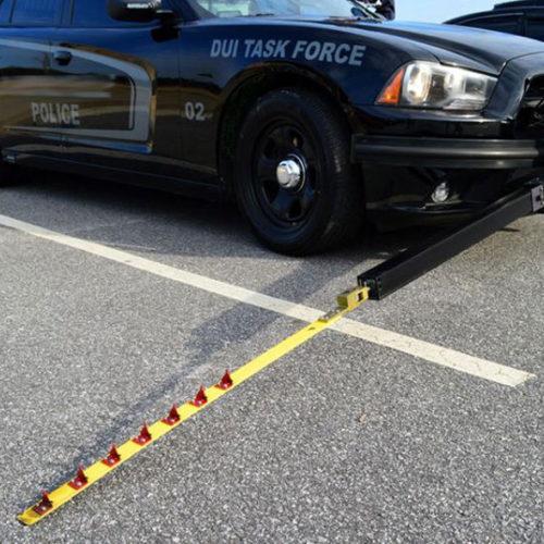 MobileSpike crea un brazo extensible para parar coches en persecuciones