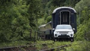 ¿Puede el Land Rover Discovery Sport remolcar un tren de más de 100 toneladas?