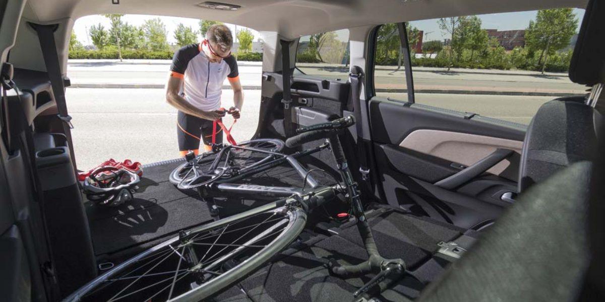 C mo llevar correctamente tu bicicleta en el cochetodas - Anclaje para bicicletas ...