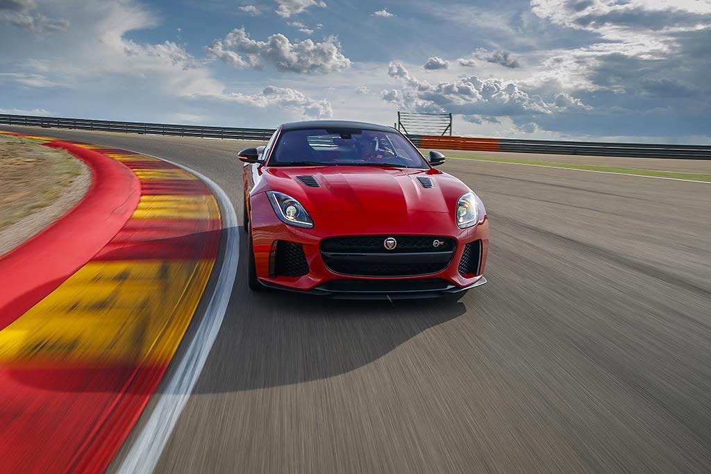 Jaguar F-TYPE SVR Motorland