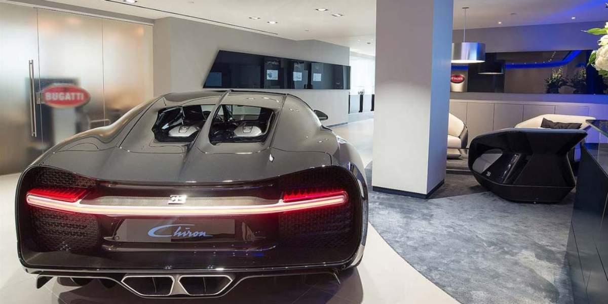 Bugatti renueva su concesionario de Londres estrenando Chiron