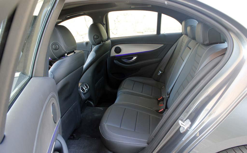 Prueba Mercedes E 220d 2016 asientos traseros