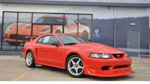 ¿Recuerdas el Ford Mustang SVT Cobra R? Estrena uno (fotos)