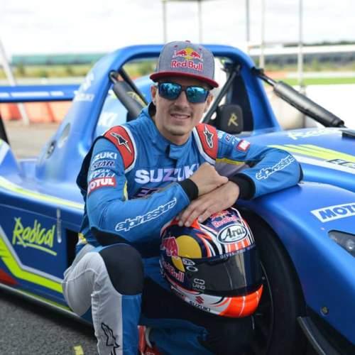 "No te pierdas a Maverick Viñales pilotando un ""racecar"" en Silverstone"