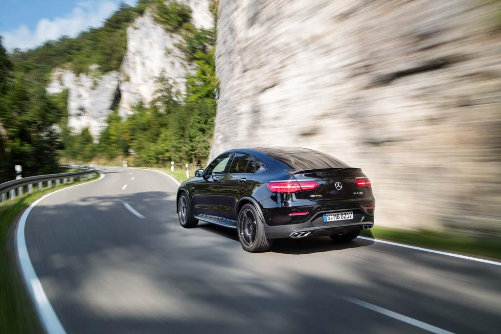 Mercedes-AMG GLC 43 Coupé trasera negro