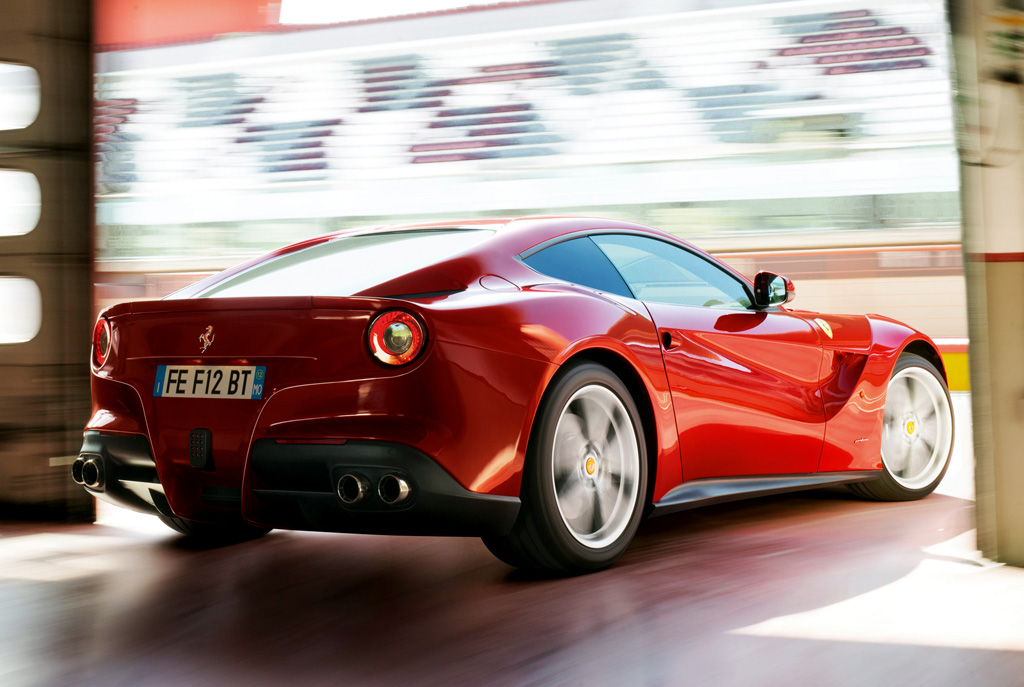 Coches que más consumen Ferrari F12