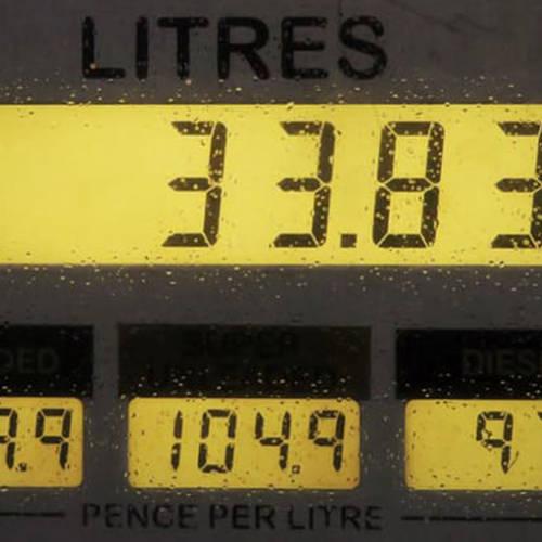 ¿Cómo podemos localizar una gasolinera barata?
