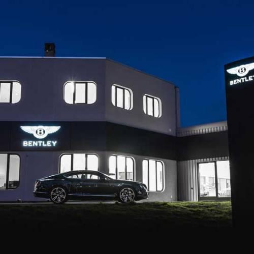Bentley inaugura un concesionario en Lausana