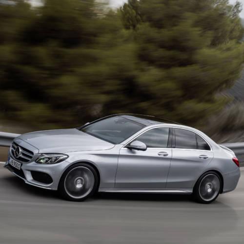 Mercedes-Benz se plantea fabricar su tercera berlina de tamaño medio