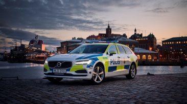 Volvo V90 policía sueca