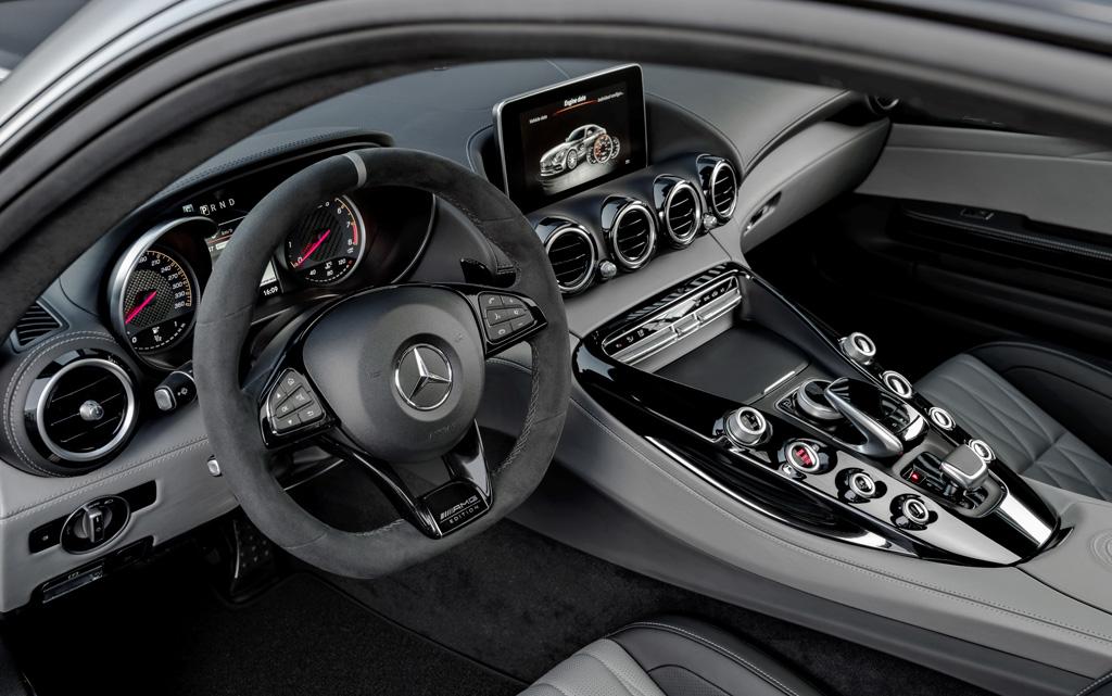 Mercedes-AMG GT 2017 Edition 50 interior
