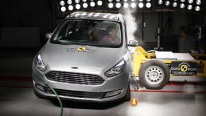Los coches más seguros de su segmento hasta 2017 (fotos)