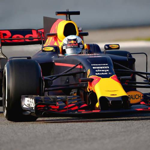 """Red Bull presenta el RB13 bajo el lema """"mala suerte para los demás"""""""